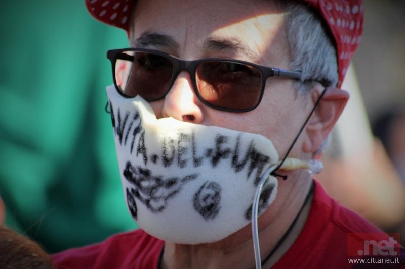 Manifestante No Inceneritore