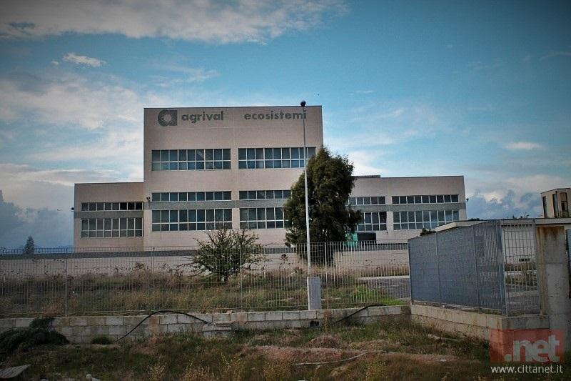 Lo stabilimento Agrival, nella piana di Bolotana