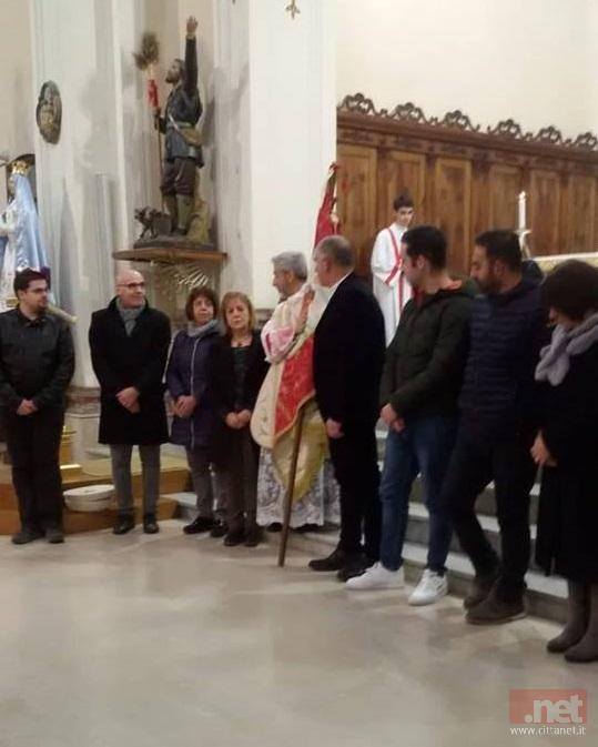 La consegna di bandiera al nuovo Comitato del 9