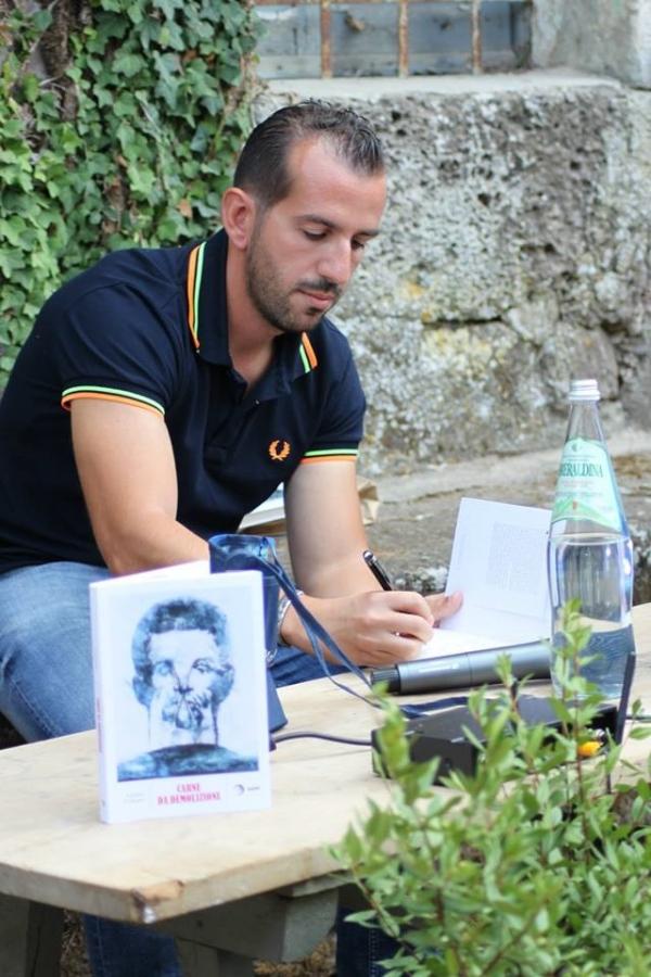Lo scrittore Fabio Forma